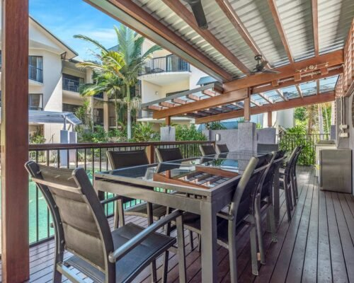 Bay-Villas-Resort_065_BV1-BBQ-Dining-II